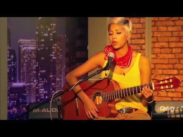 اجرای زنده سوگند در برنامه چندشنبه با سینا
