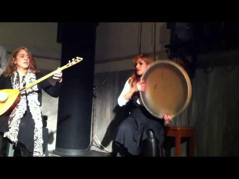 یک گروه موسیقی سنتی توسط نوازندگان ایتالیایی عاشق فرهنگ ایران Music Persian .italiya