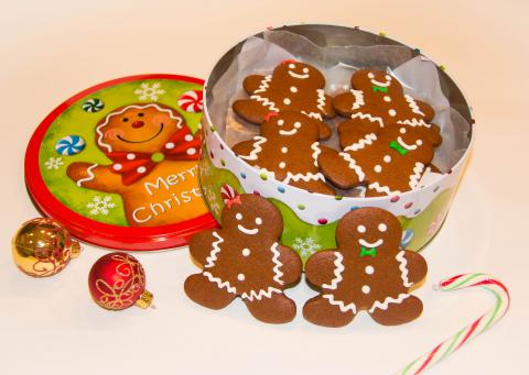 Gingerbread Cookies کلوچه های زنجفیلی